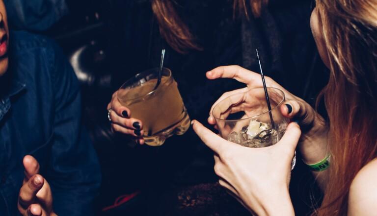 Dry January : ils ont tenu un mois sans alcool, ils nous racontent ce que ça a changé dans leur vie