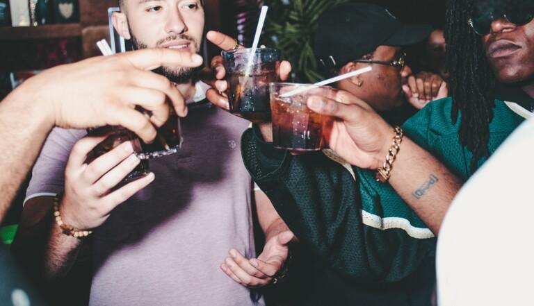 Binge-drinking : L'ivresse estivale pourrait vous rendre bête