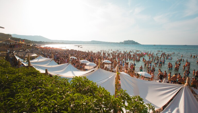 Calvi on the Rocks : un festival pour découvrir la Corse en dansant et en bronzant
