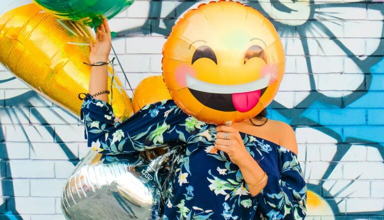 Il existe un lien entre l'utilisation d'emojis et la fréquence des rapports sexuels