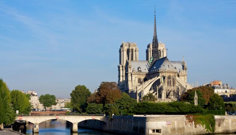 Incendie de Notre-Dame : 13 chiffres surprenants pour comprendre l'événement