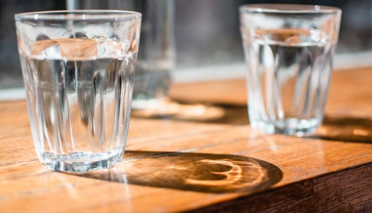 Soda, eau, alcool, café... Quelle boisson hydrate le plus ? Pas l'eau selon une étude