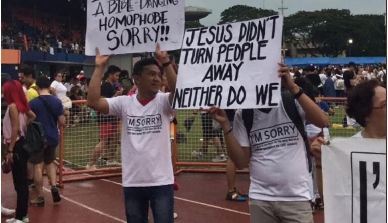 Philippines : des chrétiens s'excusent auprès des personnes LGBTQ+ lors d'une GayPride