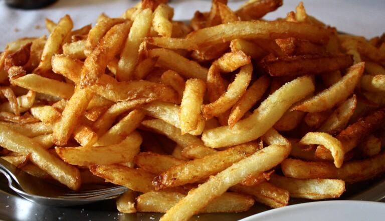 Les frites ont rétréci au Royaume-Uni... à cause du réchauffement climatique !