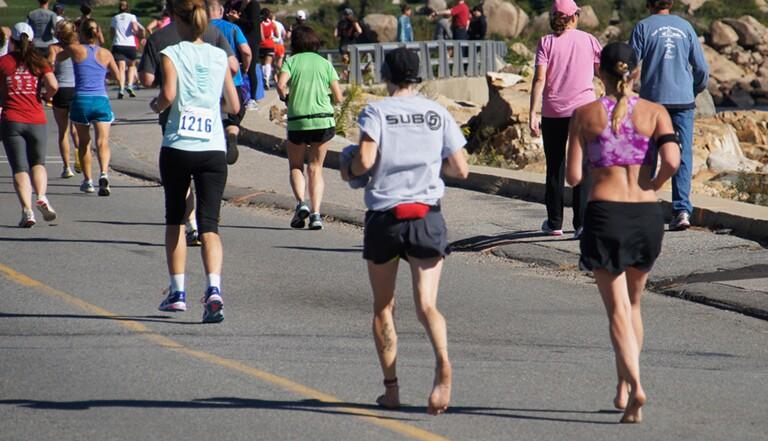 Je suis allée courir pieds nus avec les adeptes du barefoot running