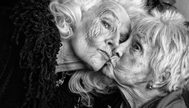 """La """"maison de la diversité"""", une future maison de retraite pour seniors LGBT : """"Comment vieillir sans redevenir invisibles"""""""