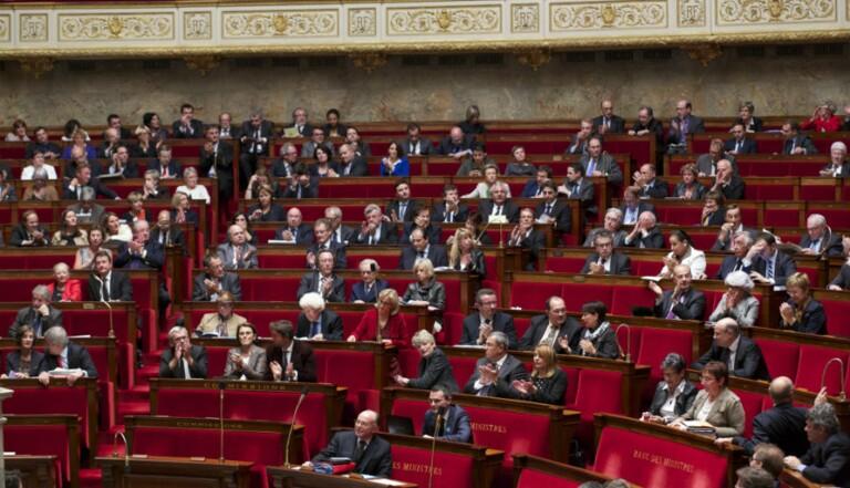 L'Assemblée Nationale refuse l'inéligibilité des élus condamnés pour violences