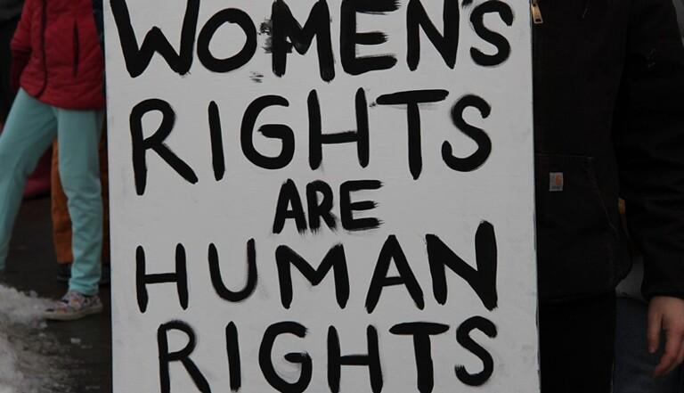 L'IVG à travers le monde : Pourquoi l'avortement est aujourd'hui un droit fragilisé ?