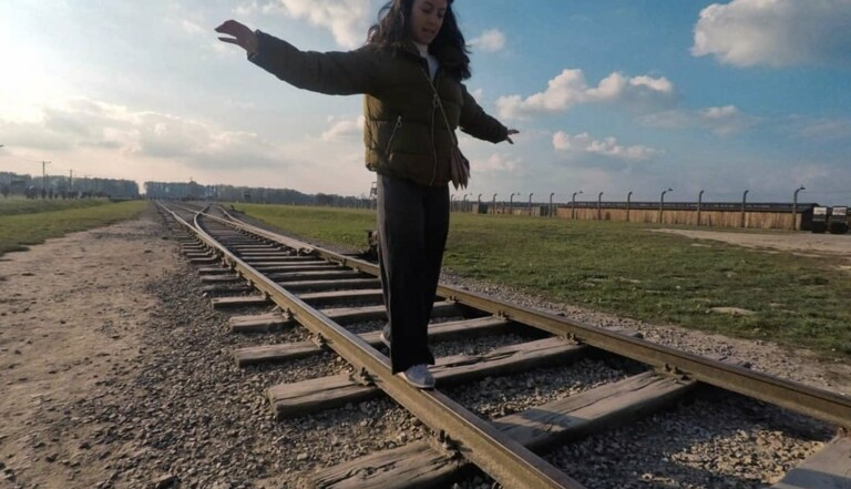 Le mémorial d'Auschwitz s'indigne contre les instagrameurs qui se mettent en scène dans l'ancien camp de la mort