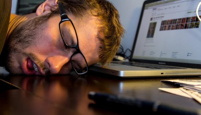 Ces signes qui montrent que vous travaillez trop