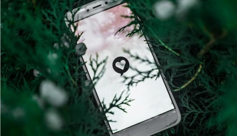 55% des utilisateurs d'appli de dating ont recours aux nudes, Happn sonde notre sexualité confinée