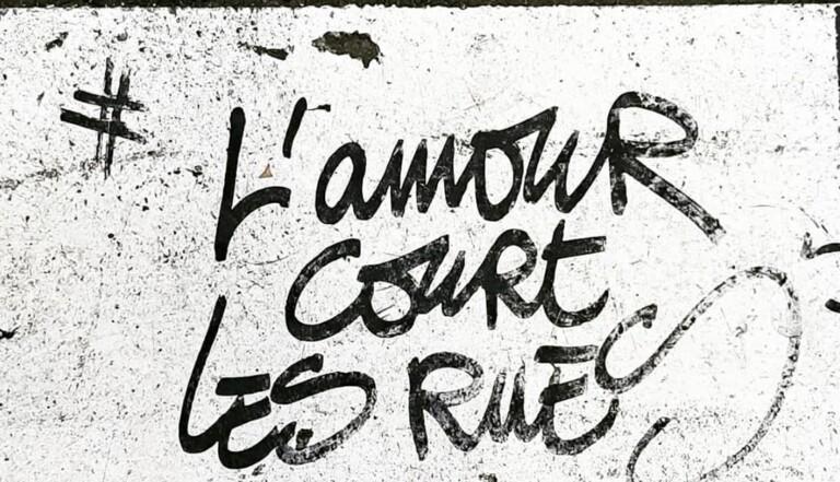 """""""Un violeur court les rues"""" : de nombreux témoignages accablent un street artist et photographe parisien"""