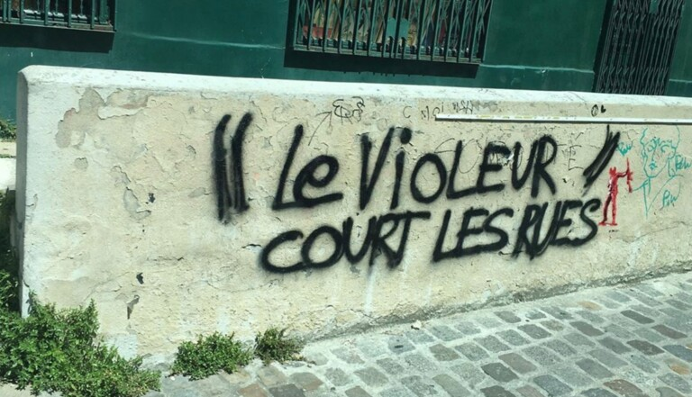 """""""L'amour court les rues"""": 25 femmes déposent une plainte collective devant le parquet de Paris"""