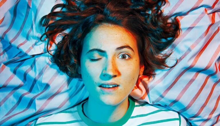 Moins vous dormez, moins les évènements positifs vous rendent heureux, révèle une étude (et plus vous focalisez sur les éléments désagréables)