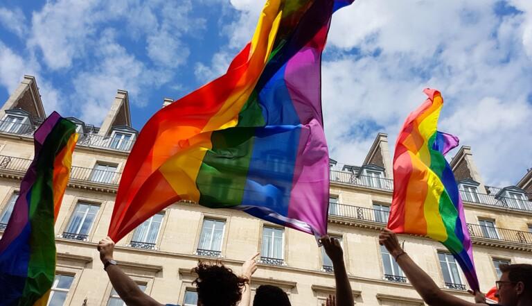 """La Marche des Fiertés annulée à Paris, remplacée par des """"mini-rassemblements"""" du 2 au 7 novembre"""