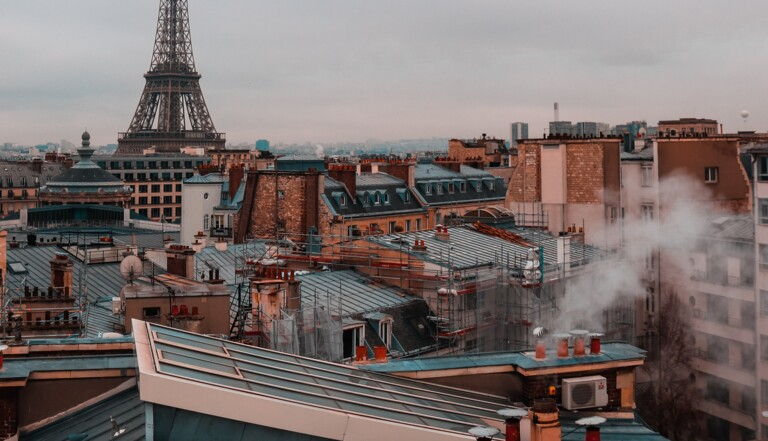 Airbnb : un rapport montre comment la plateforme contribue à la crise du logement en France