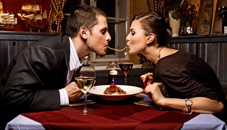 La dette sexuelle : qu'est ce qui pousse les femmes à avoir des rapports non-désirés ?