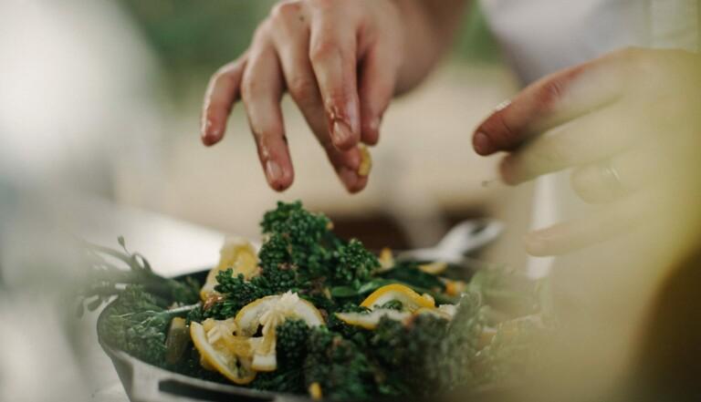 Regarder une émission culinaire donne plus faim que préparer son repas