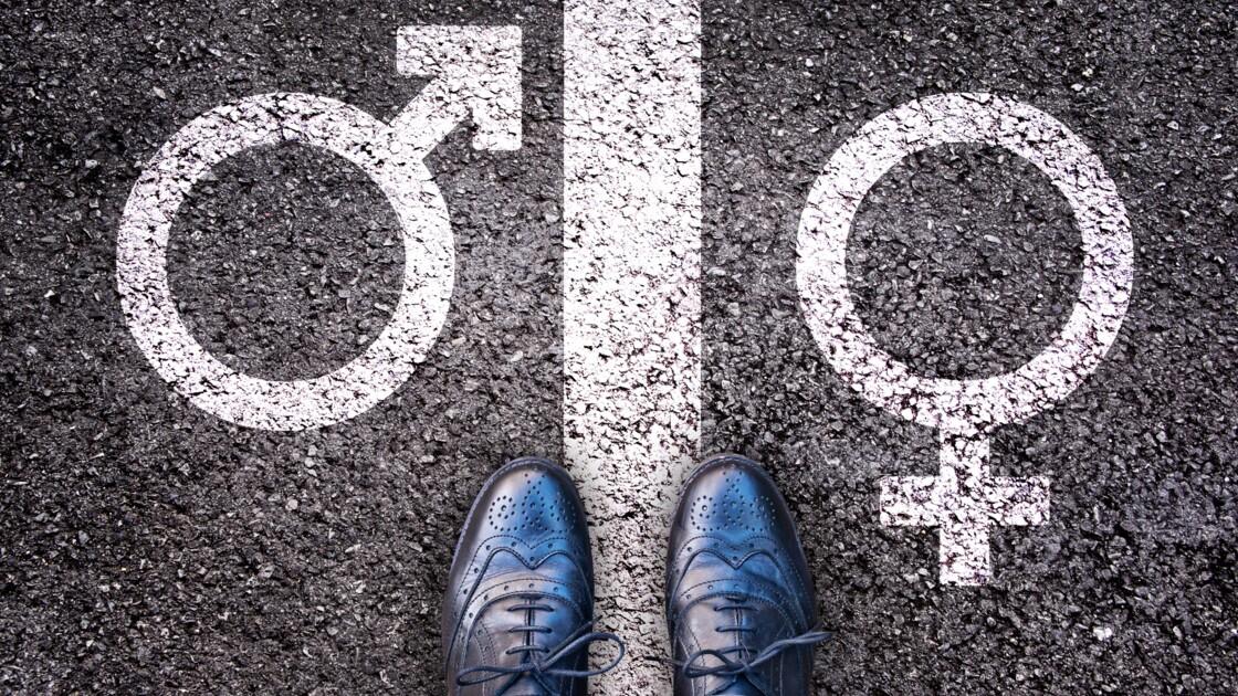 Pour une femme bi, il est plus compliqué d'assumer son orientation quand on est en couple avec un homme hétéro