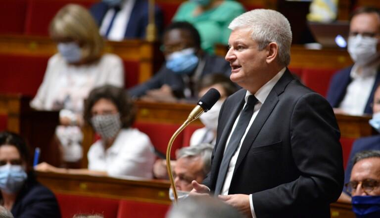 """Euthanasie: """"Arrêtons l'hypocrisie!"""" –Olivier Falorni, le député qui veut légaliser l'aide active à mourir"""