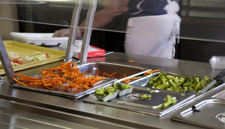 #PlusDeVégé : les lycéens réclament du vert dans les assiettes des cantines