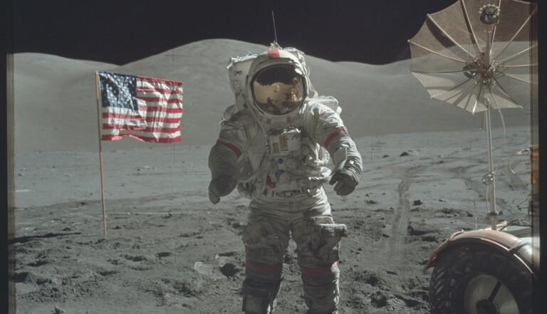 Apollo : la NASA publie 10000 photos inédites des missions lunaires
