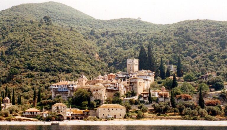 J'ai essayé de visiter le mont Athos, la montagne grecque interdite aux femmes