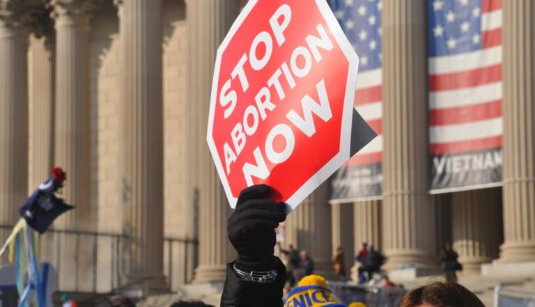 200 élus américains écrivent à la Cour suprême pour revenir sur le droit à l'avortement (qui est déjà bien entamé...)