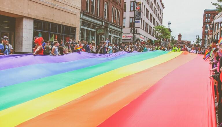 Emeutes de Stonewall, Gay Pride, Mariage pour tous... Le combat LGBT+ en 12 dates clés
