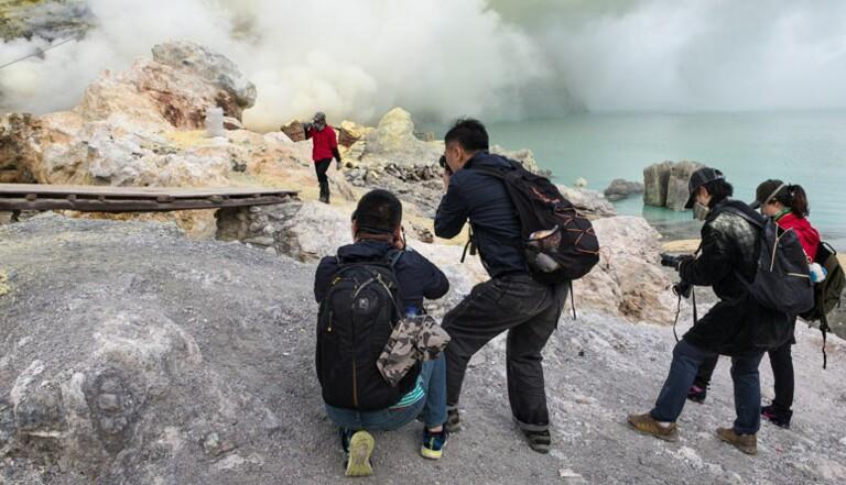 Dark tourisme : Reportage dans le volcan le plus instagramé du monde