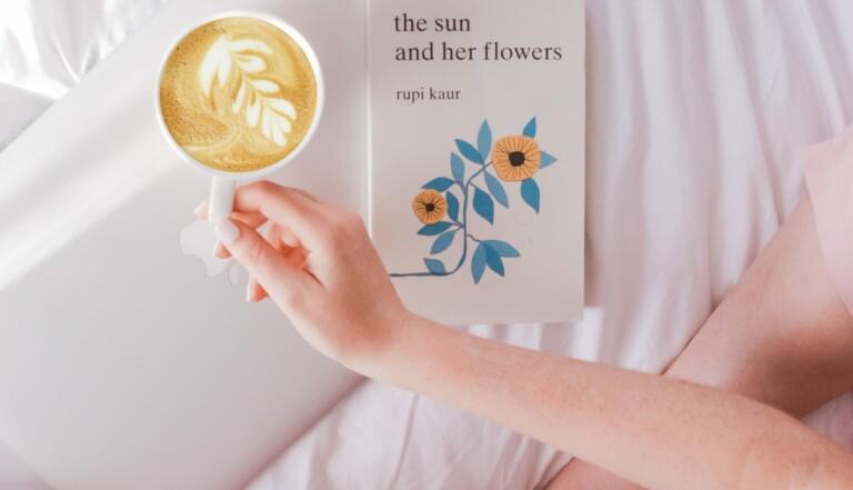 Pourquoi il faut absolument lire la poésie féministe de Rupi Kaur