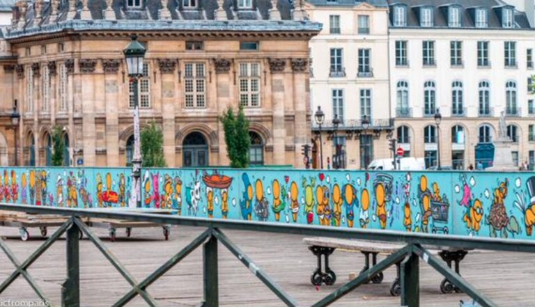 Les cadenas d'amour du Pont des Arts remplacés par du street-art