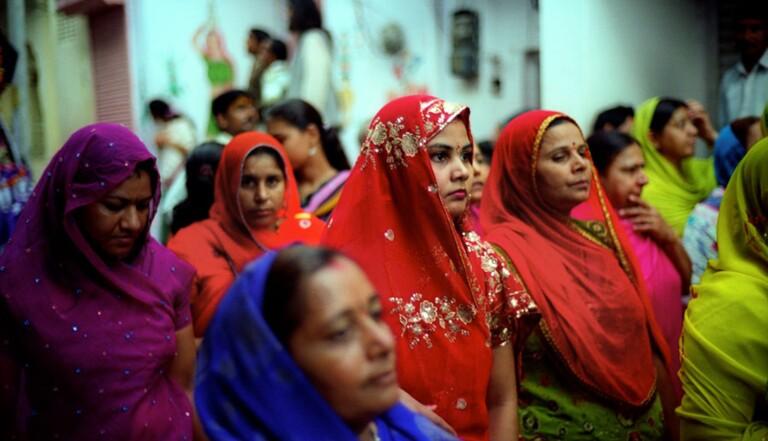 En Inde, les vendeuses du Kerala obtiennent le droit de s'asseoir au travail