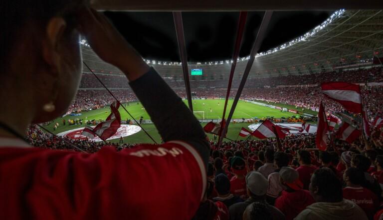 Attention, être trop fan de foot fait exploser votre stress à un niveau dangereux pour la santé