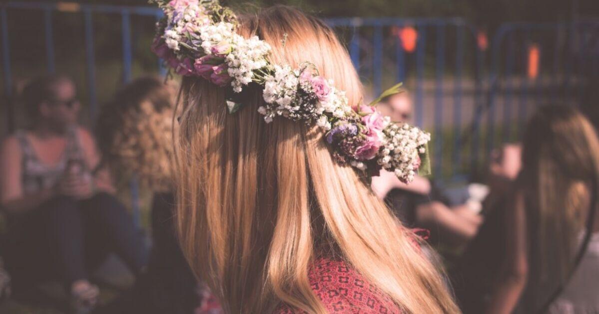 on y rencontre pas forcement des jeunes filles en fleurs)