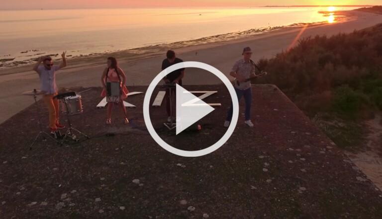 """Le clip qui nous ramène à la plage du jour : """"Des Tours"""" de Kiz"""