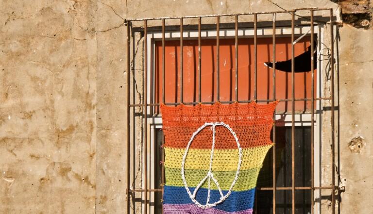 Agressions transphobes : des alternatives à la prison pour faire évoluer les mentalités ?