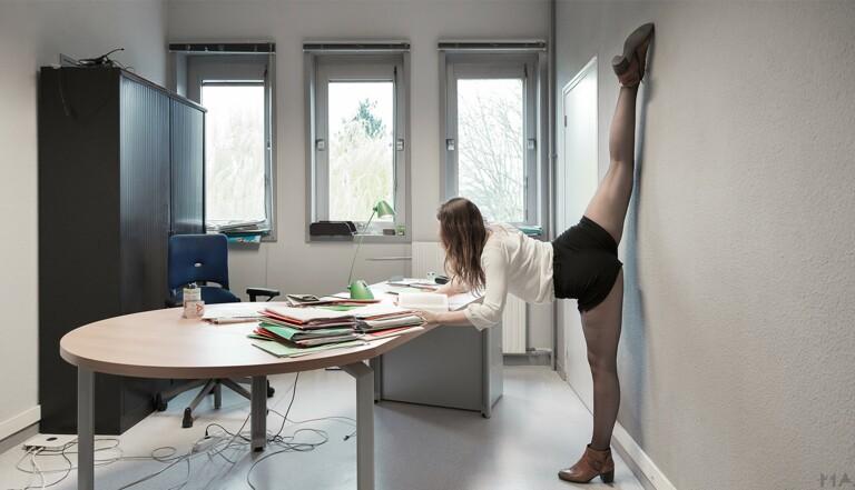 Mal de dos, tensions... 9 exercices pour se détendre et se muscler au bureau