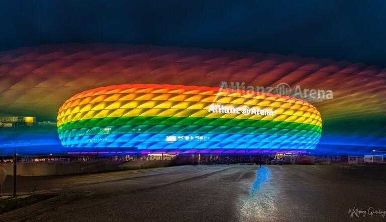 """Illumination du stade de Munich: """"Comme si être homophobe était plus tolérable que raciste"""", estime Ouissem Belgacem"""