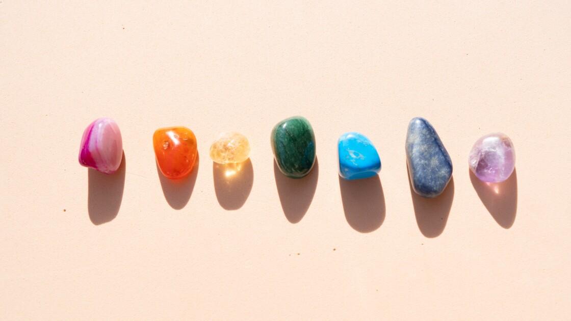 Lithothérapie : derrière la guérison par les pierres, un business juteux et des dérives sectaires